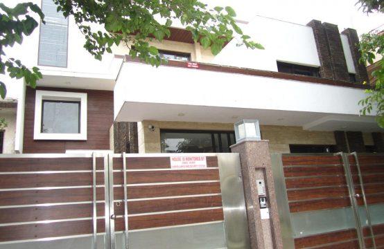 Villa for Sale in Sushant Lok 3, Gurgaon