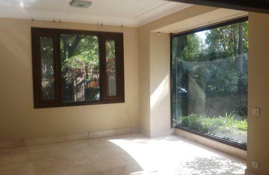 Villa for Sale in Malibu Towne, Gurgaon