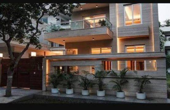 Villa for Sale in Garden Villas, DLF CITY PHASE 4, Gurgaon
